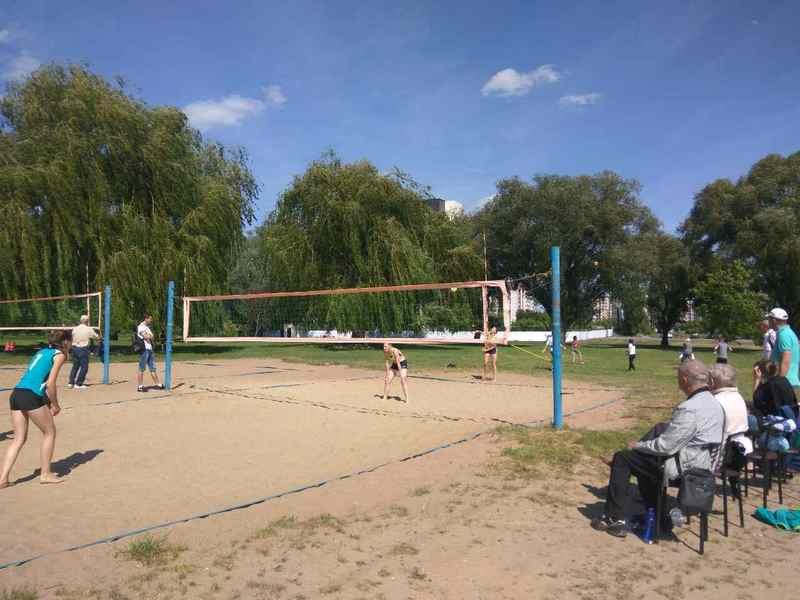 Змагання з пляжного волейболу провели на міському пляжі Хмельницького