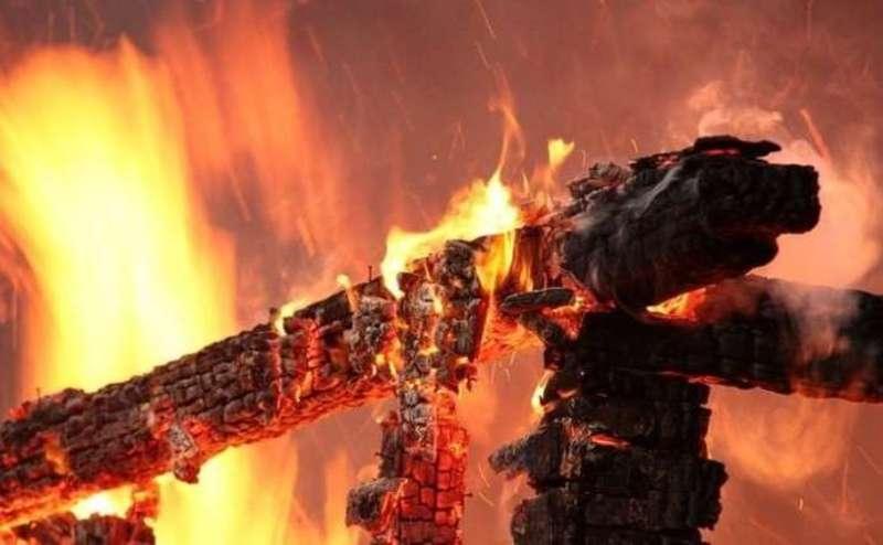 Ймовірна причина однієї з пожеж – необережне поводження з вогнем невстановленої особи