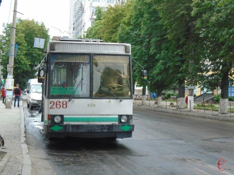 Рух тролейбусів за нічним маршрутом №61 (Катіон — Ракове) буде призупинено
