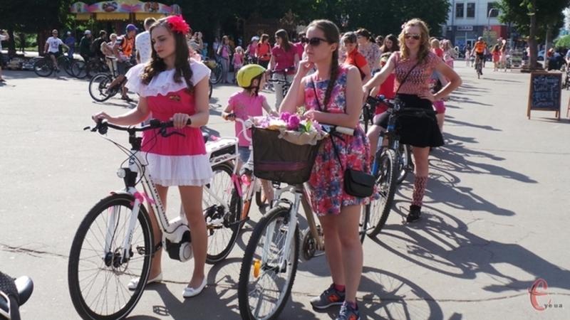 Дівочий велопарад перенесли на 29 липня