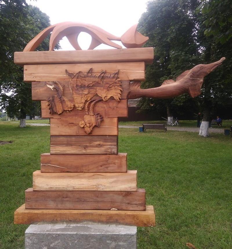 Цьогоріч до ярмаркування планують залучити майстрів дерев'яних скульптур з усієї України