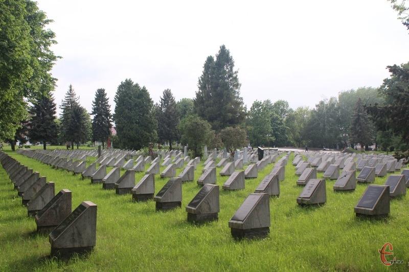 «Маємо раціонально використовувати земельні ресурси й переймати закордонний досвід у будівництві крематоріїв», — Сергій Бортник