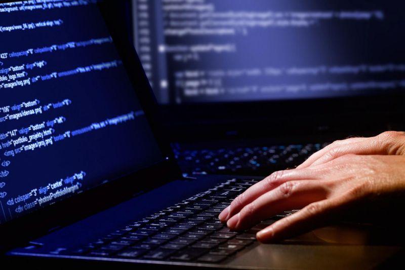 За інформацією спецслужби, цілями зловмисників визначені великі державні та приватні компанії
