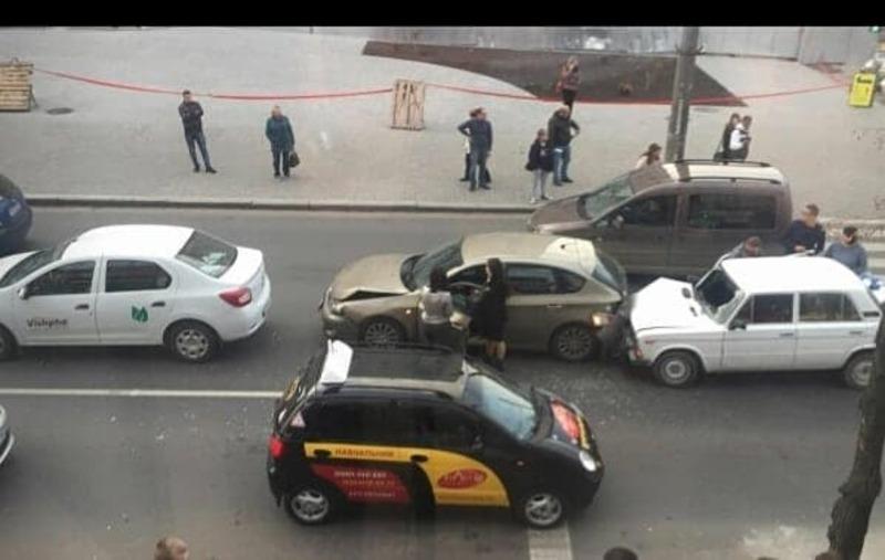 ДТП сталася по вулиці Кам'янецькій