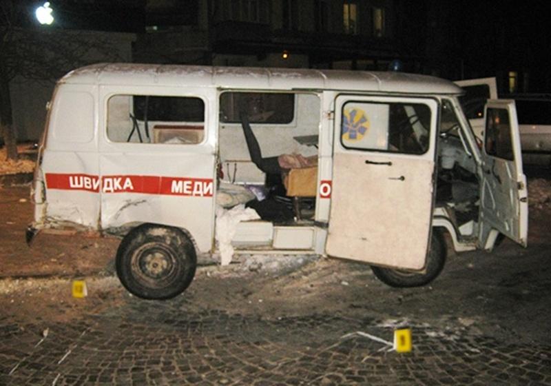 Водій і фельдшер швидкої допомоги знаходяться у лікарні