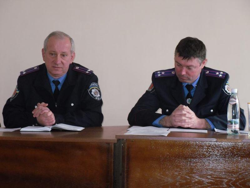 Новий керівник поліції Сергій Войтков (ліворуч на фото)