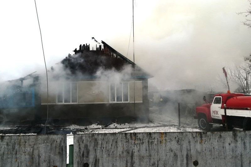 Вогонь пошкодив покриття