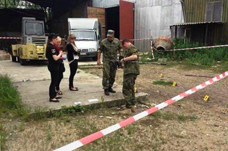 Правоохоронці з'ясовують обставини вибуху