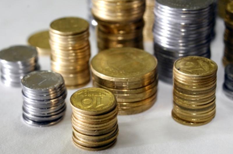 Однією з проблем економічного розвитку міста залишається виплата підприємцями найманим працівникам «тіньових» зарплат