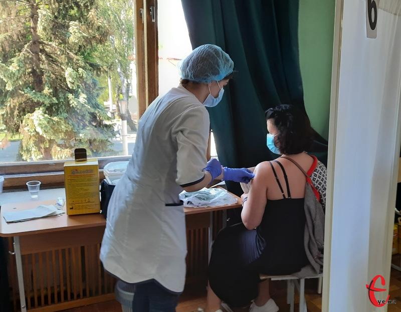 На Хмельниччині працюють два Центри вакцинації