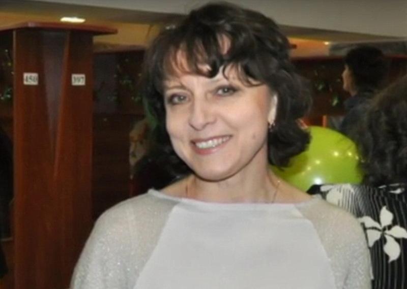 Ольга Мороз була вбита у власній квартирі в Нетішині 15 березня 2015 року. Особу вбивці й досі не знайдено