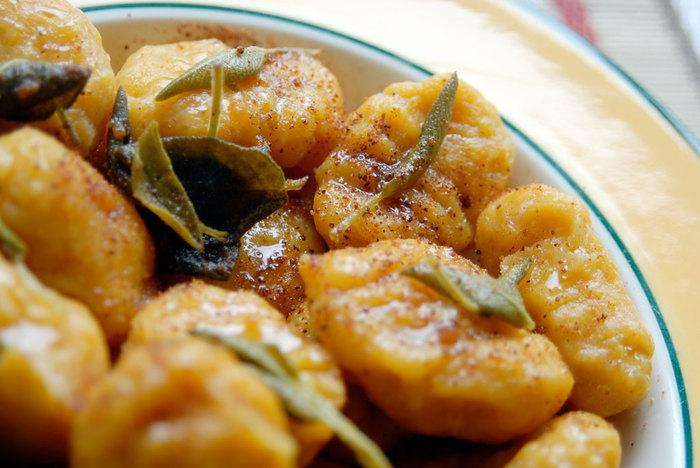 Традиційні та забуті борошняні страви.