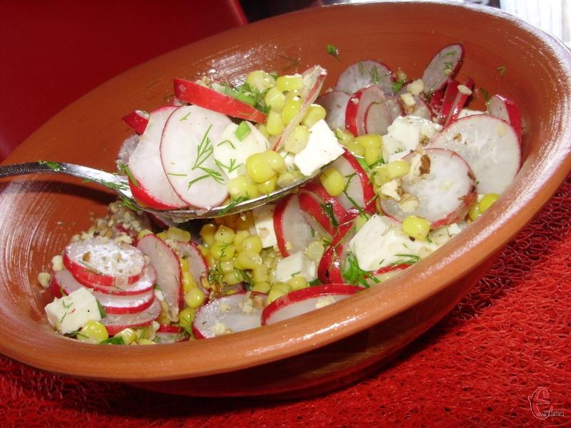 Крім того, що легкий та неймовірно смачний, він ще й готується буквально за 10-15 хвилин.