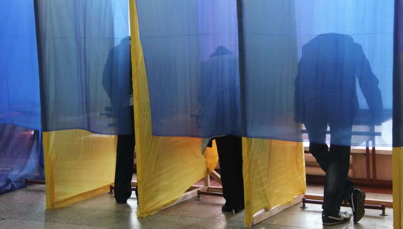 «Комітет виборців України»  по результатам першого підрахунку фіксує, що більшість на цих виборах отримала політична сила «Слуга народу»