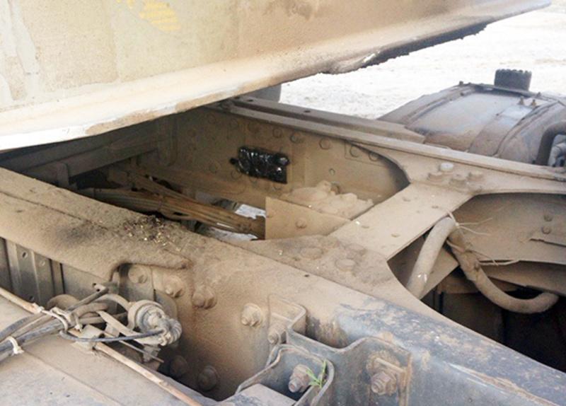 Невідомий скотчем прикріпив до причіпу вантажівки навігатор, який не містив жодних вибухових речовин
