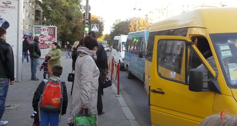 Протягом тижня пасажирів у маршрутках рахуватимуть