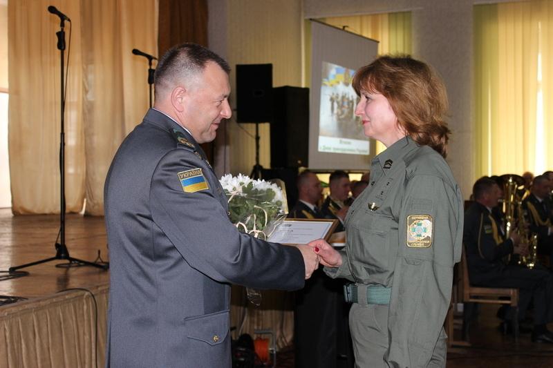 Працівники академії отримали нагороди та грамоти
