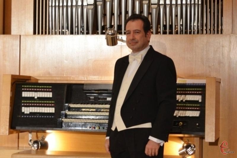 Італієць Сальваторе Пронесті вдруге зіграє у Хмельницькій обласній філармонії