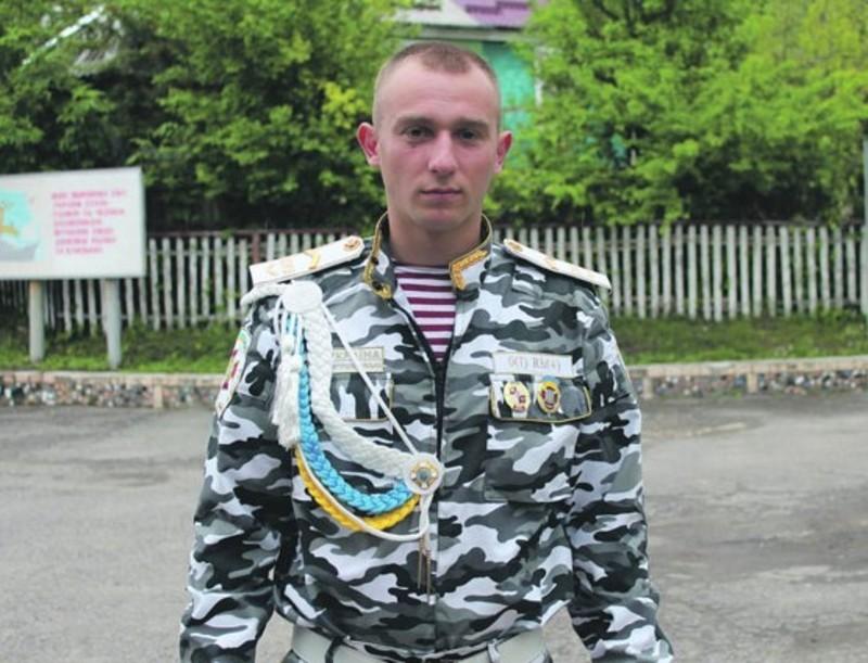 Сергій Пазак мріє все своє життя пов'язати із військовою службою і стати офіцером.