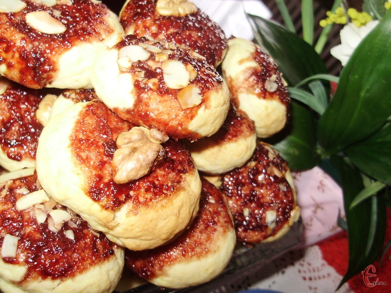 Печиво ніжне, легке, з цікавим декором, і бульба абсолютно не відчувається.