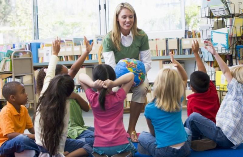 Зараз вихователі в садочках отримують значно меншу зарплату, ніж вчителі у школах