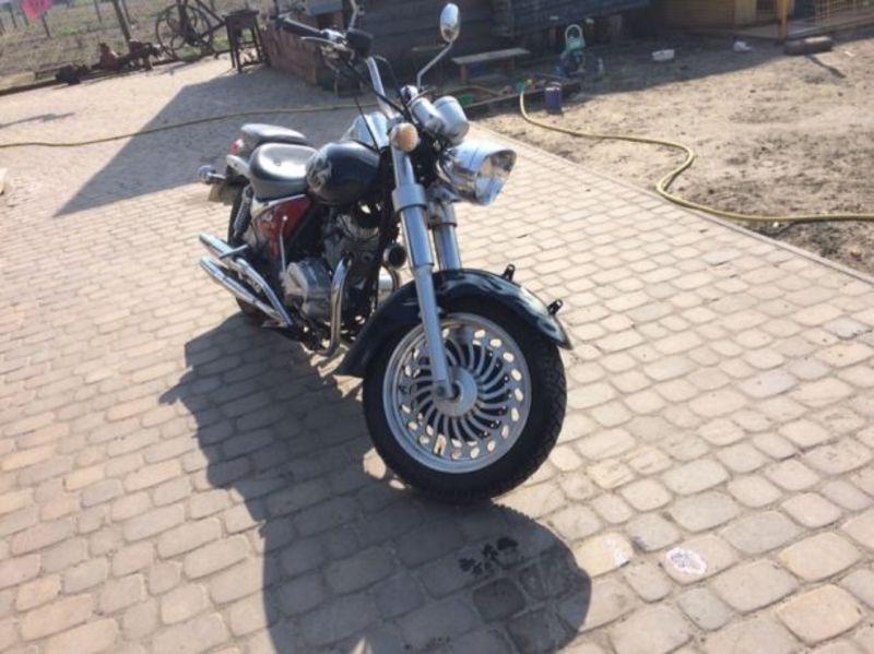 Викрадений мотоцикл підозрюваний сховав у гаражі родичів