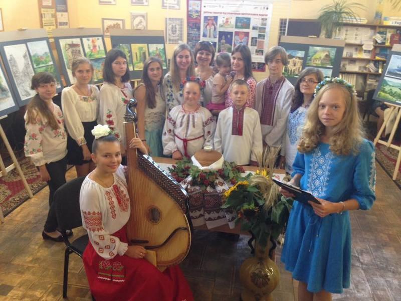 Між юними художниками України відбувся телеміст
