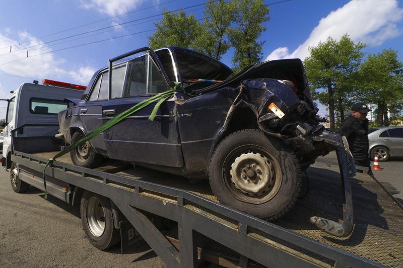 Аварія сталася у Києві на Окружній