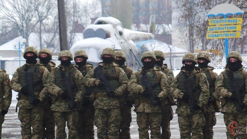 На допомогу війську подоляни щомісяця сплачують близько 20 мільйонів гривень