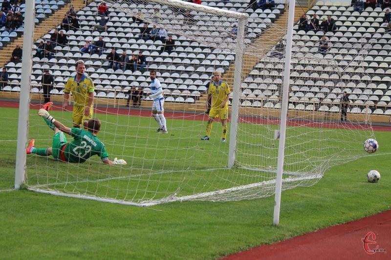 Фінал Кубка області з футболу пройде на СК Поділля 24 серпня