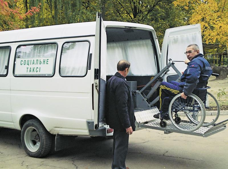 Хмельничан возитиме соціальне таксі