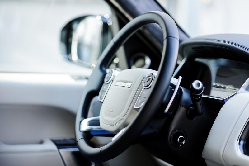 Об\'єктом оподаткування транспортним податком є легкові автомобілі, з року випуску яких минуло не більше п\'яти років