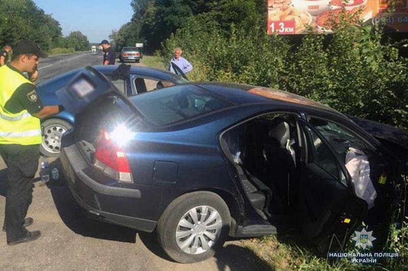 На Хмельниччині у ДТП в Летичівському районі двоє людей загинули та четверо травмувалися