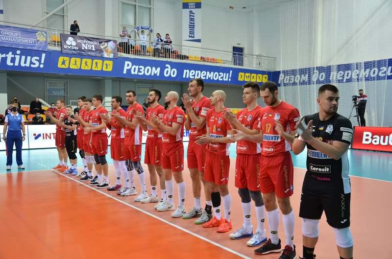 ВК Епіцентр-Подоляни необіхдно виграти один матч у харківської команди, щоб позмагатися за золоті нагороди чемпіонату України з волейболу