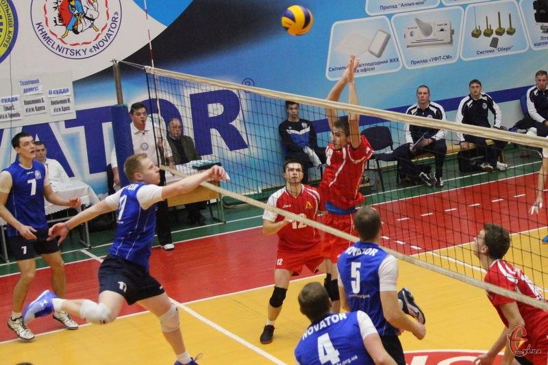 17-19 березня в Хмельницькому пройдуть матчі другого туру фінального етапу волейбольної Суперліги