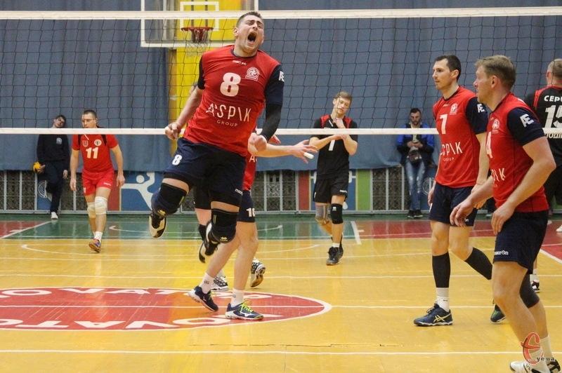 Новатору, щоб стати бронзовим призером чемпіонату України з волейболу, потрібно виграти ще два матчі в вінницького Серця Поділля