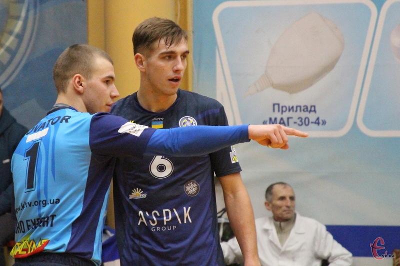 Хмельницький Новатор цього сезону вистуає в вищій волейбольній лізі України