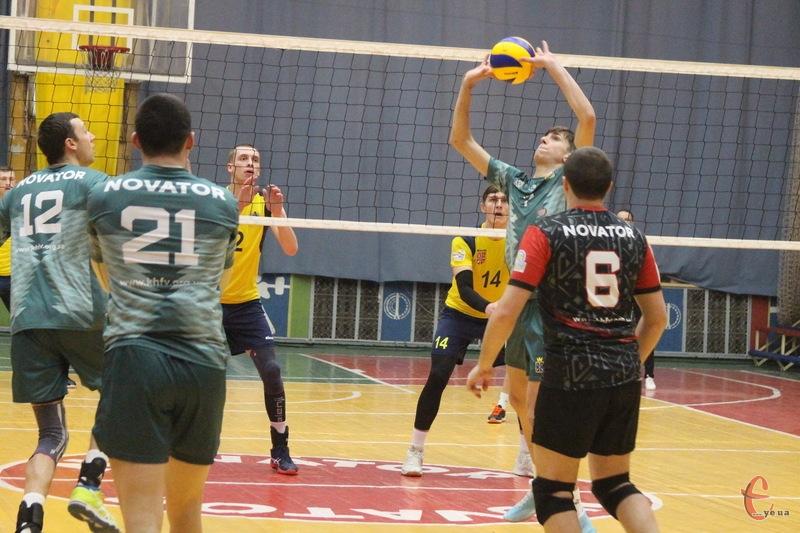 Новатор пройшов до третього етапу Кубка України з волейболу