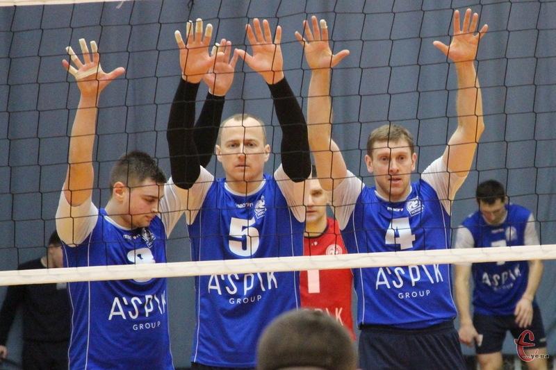 Волейболісти хмельницького Новатора вже 28 березня можуть вийти до півфіналу чемпіонату України в Суперлізі