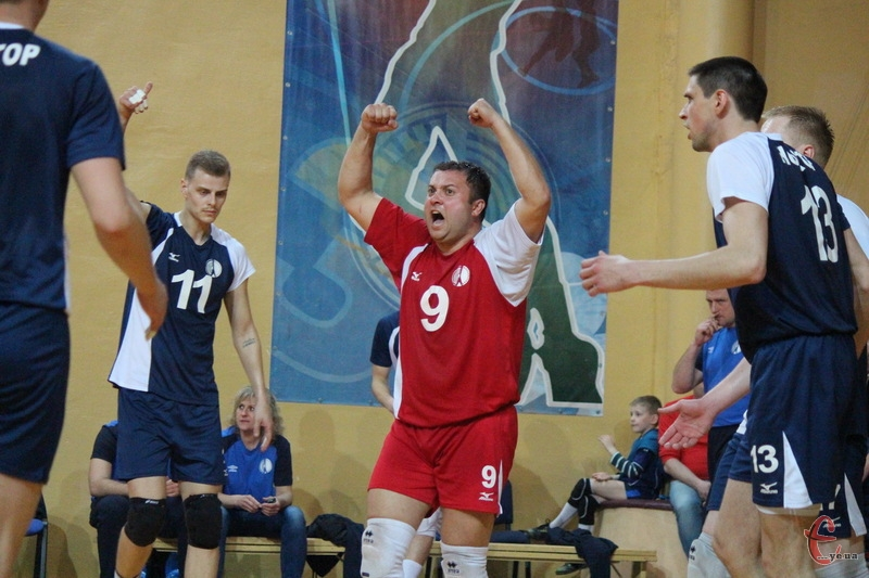 Хмельницький Новатор вийшов перший матч, але попереду на команду очікують ще 5 поєдинків