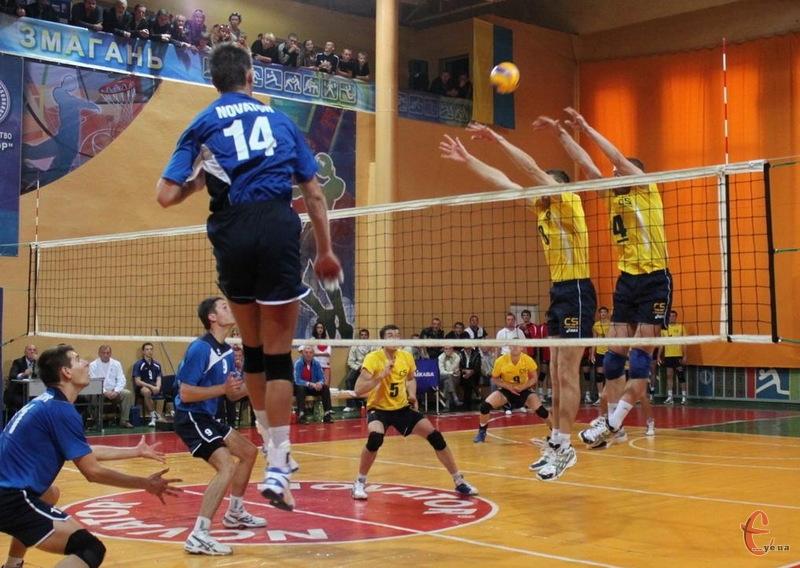 Вже з 27 листопада волейболісти хмельницького Новатора продовжать змагатися за Кубок України, матчі якого пройдуть в Дніпропетровську