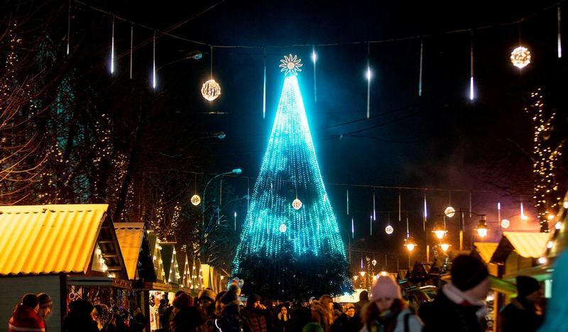 У Хмельницькому свято Андрія відзначатимуть сьогодні біля головної ялинки міста