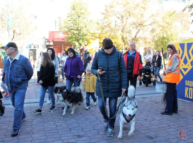 Учасники маршу пройшлися центральними вулицями міста