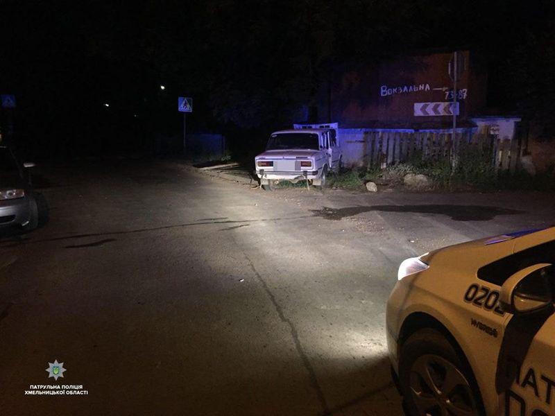 Патрульні за ніч зупинили шість водіїв із ознаками алкогольного сп'яніння