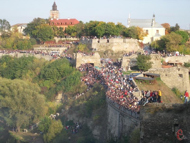 Місто над Смотричем продовжує претендувати на фестивальну столицю