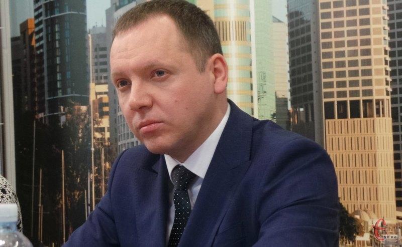 Віктор Худняк каже, що інформацію до реєстру вже вносять
