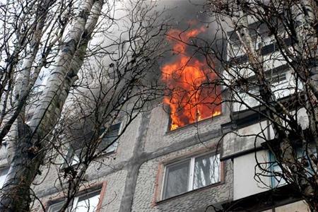 Пожежа, що ледь не забрала життя десятирічного хлопчика, сталася 5 травня у будинку № 55 по вулиці Івана Франка у Хмельницькому.