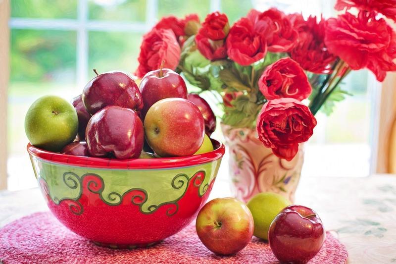 19 серпня до храму несуть освячувати яблука