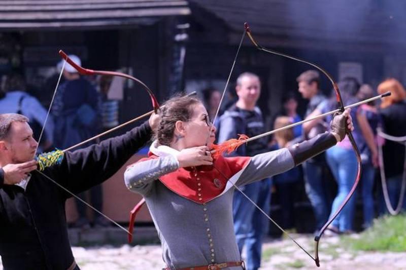 До вашої уваги календар фестивальних і мистецьких заходів у Кам'янці на наступний місяць.
