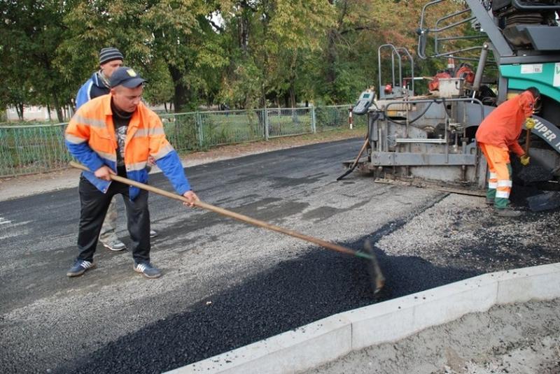 Найбільшу суму ОТГ використали на ремонт і будівництво доріг